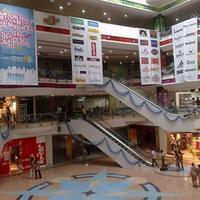 Торговый центр Spencer's Plaza
