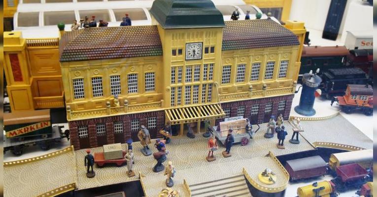 Модель железнодорожного вокзала