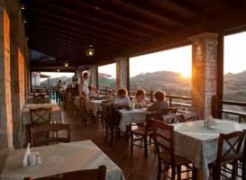 Taverna Bacchus