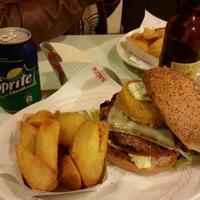 Kiosko Gourmet Burger