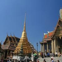 Храм Изумрудного Будды (Ват Пхра Кео)