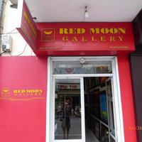 Red Moon Gallery
