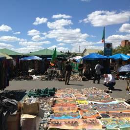 Pakati Sunday Market