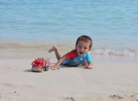 Пляж Makronissos Beach