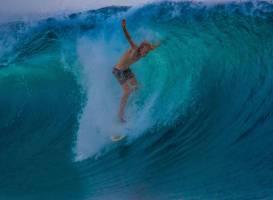 Teahupoo Tahiti Surfari - Day Tours