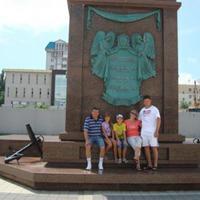 Памятник основателям города Новороссийск