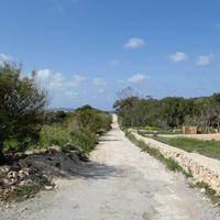 Marfa Ridge Country Walk Malta