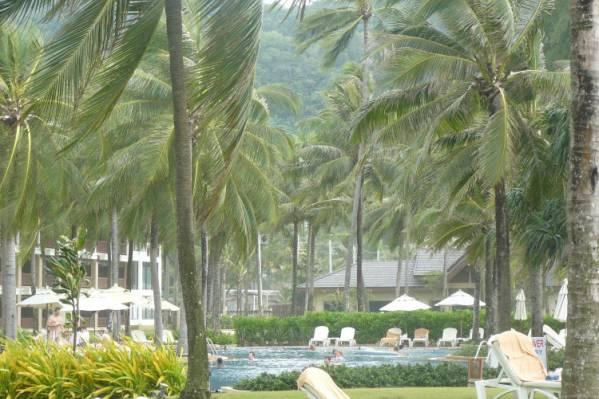 Kata Thani, территория