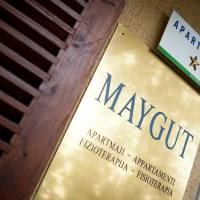 Maygut Apartments and Rooms