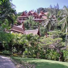 Thavorn Beach Village & Spa