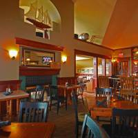 Spinnakers Gastro Brewpub & GuestHouses