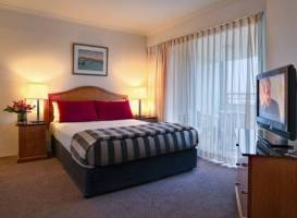 Medina Serviced Apartments Canberra, James Court (formerly Adina James Court)