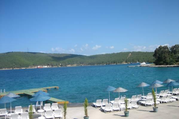 Aegean Garden пляж2.jpg