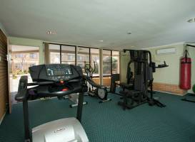 Best Western Plus Garden City Hotel Canberra