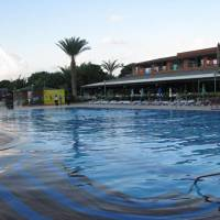Club Turtas Beach Hotel