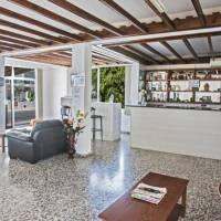 Pavlinia Hotel & Apartments