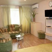 Apartments Marin Dom at Malysheva 7