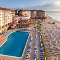 Sol Luna Bay Resort & Aquapark