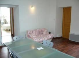 Apartment En Plein Centre Ville Et A Proximite De La Plage