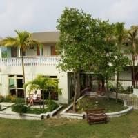 Nazaki Residences Beach Hotel