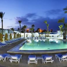 Hari Club Beach Resort