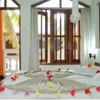 International Beach Hotel & Restaurant
