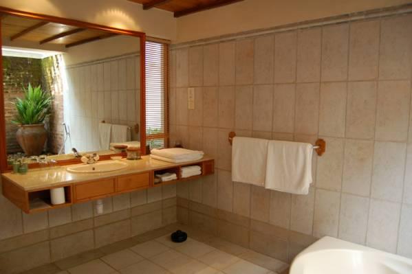 Ванная в номере с индивидуальным бассейном