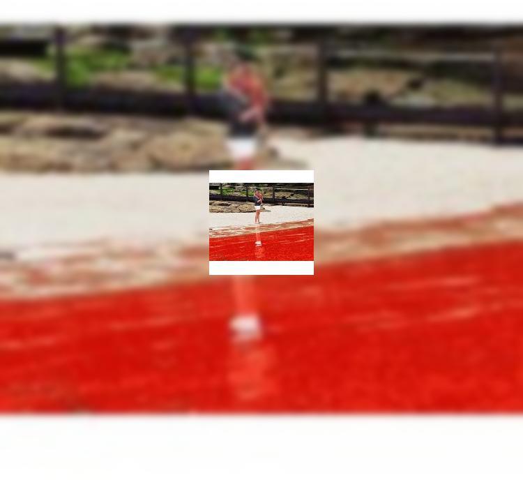 Австралия: Красный прилив на сиднейских пляжах