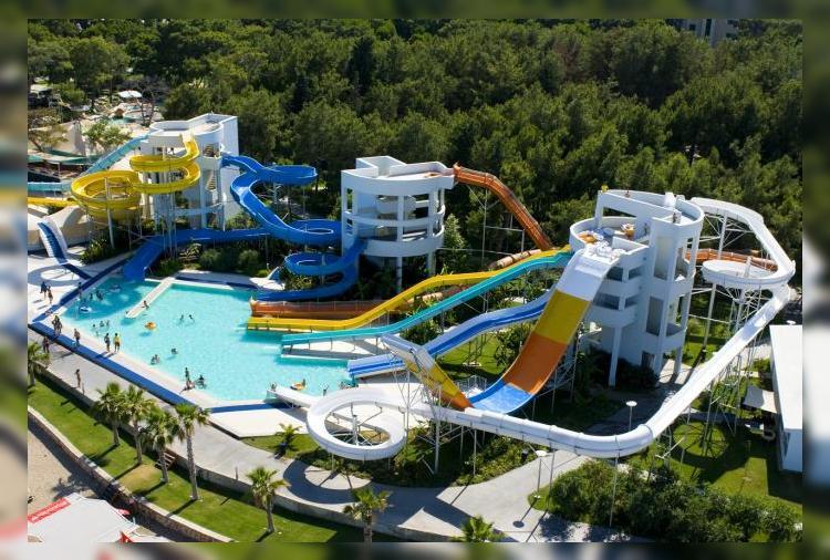 Продлите лето в отеле Rixos Sungate