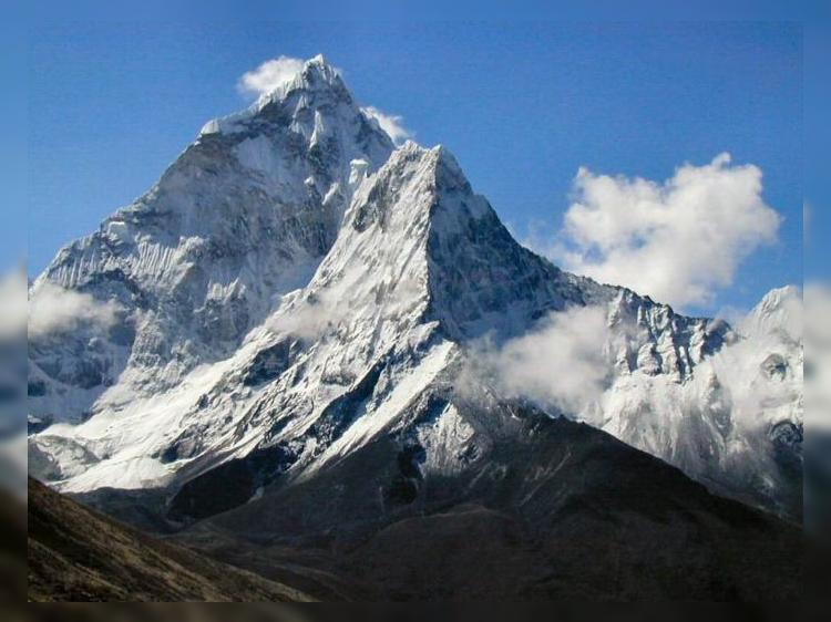 Китай: Эверест открыт для альпинистов