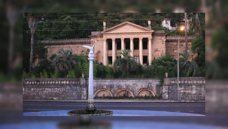 Абхазия: Катамаран выходит на маршрут Гагры – Сочи