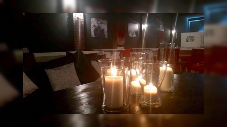 Италия: Ресторан для нудистов открылся под Миланом