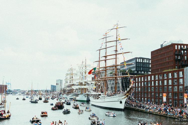 Амстердам исключен из маршрутов круизных кораблей