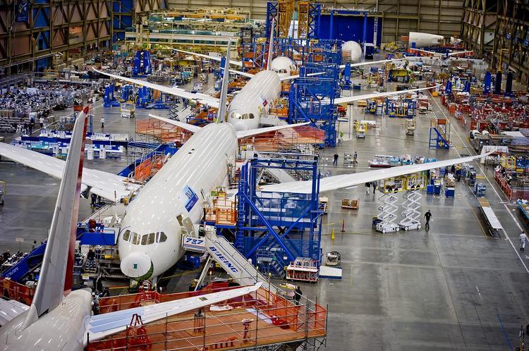 Boeing может остановить производство новых самолетов, если не произойдет чудо