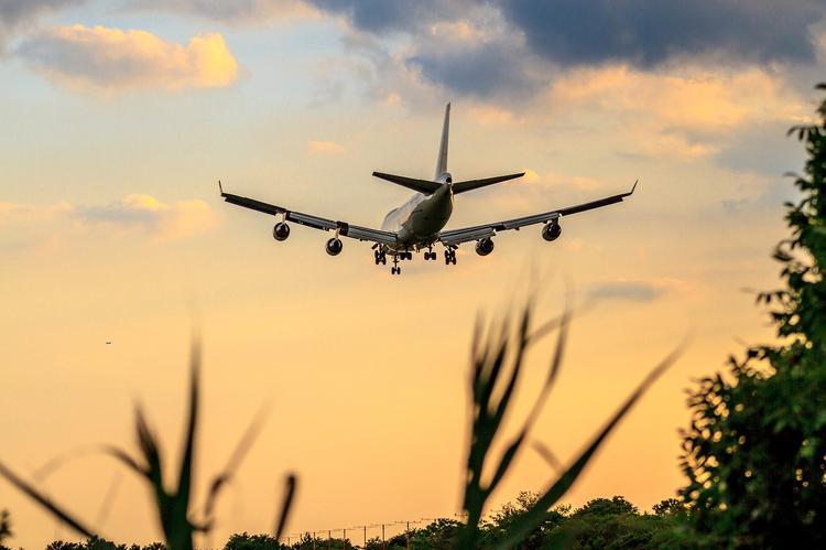 Пилот Боинга подробно объяснил, почему летом рейсы задерживаются чаще, чем зимой