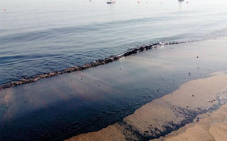 Пляжи ОАЭ закрывают из за разлитой нефти и сильного шторма, Туристам Коломны, Эмираты Туризм ОАЭ