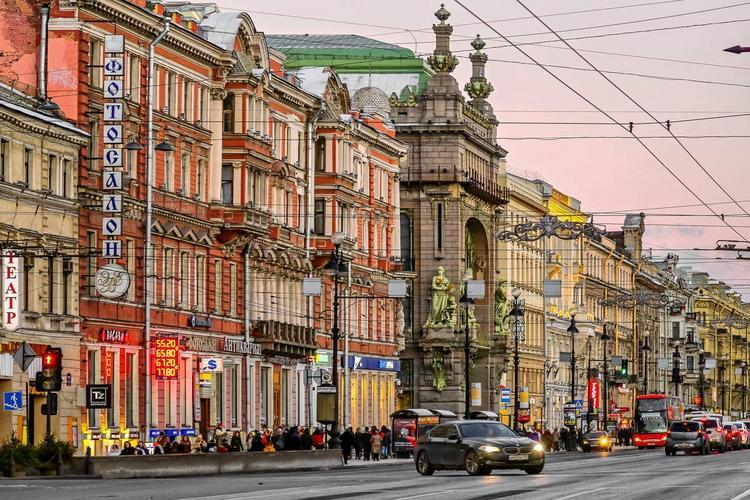 Невский проспект в Санкт Петербурге признан одной из самых красивых улиц мира, Туристам Коломны, Россия Отдых Лондон