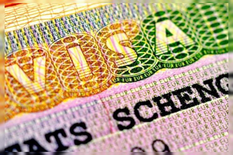 Вступают в силу новые правила оформления Шенгенской визы. Что важно знать