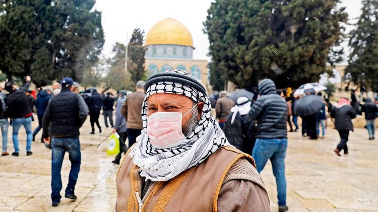 Израиль закрывает границу для российских туристов