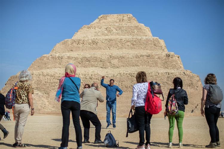 В Египте после 18 лет реконструкции открылась самая древняя в мире пирамида