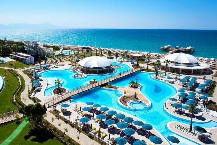 В Турции официально опровергли возможность платной обсервации для туристов