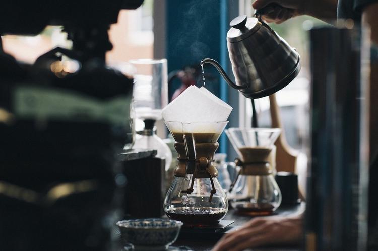 Лондонская кофейня удивила гостей необычным напитком и шокировала ценой 50 фунтов за порцию