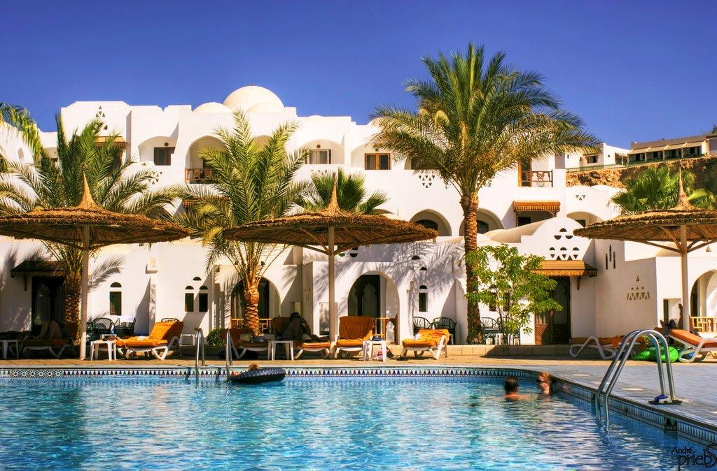 Если массовый турист из России и Англии сейчас вернётся, в египетских отелях может не хватить места