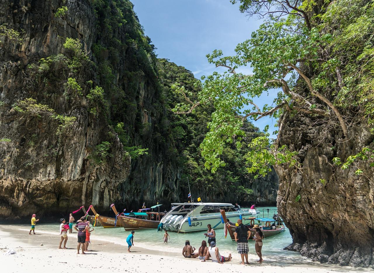 В Таиланде еще остались потрясающие острова, на которых не бывает много туристов